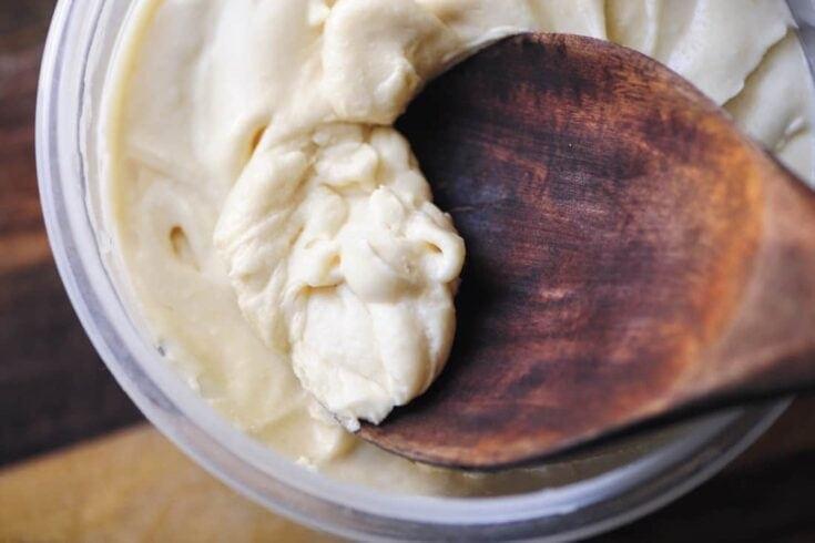 Maple Coconut Buttercream Frosting (Refined Sugar-Free, Gluten-Free, Vegan)