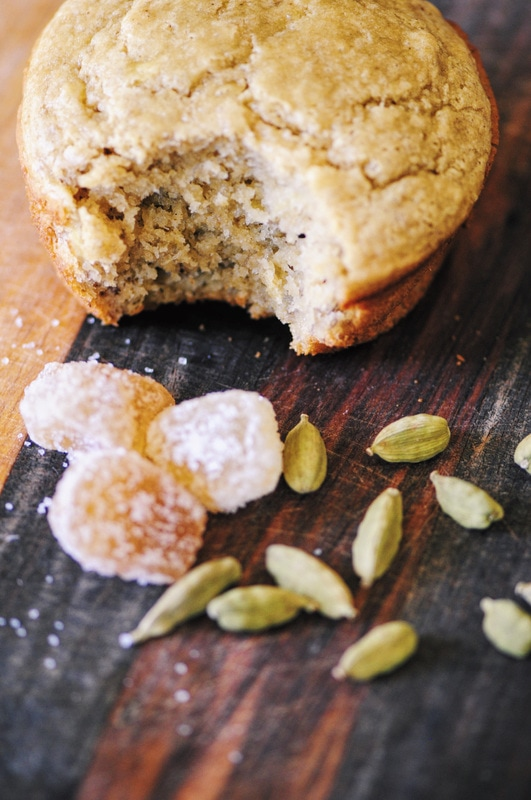 Banana-Ginger-Cardamom Muffins (Gluten-Free) - With a delicious blend of banana, ginger, and cardamom flavors, these Gluten-Free muffins make a great breakfast, grab & go snack or healthy treat! #muffins #breakfast #brunch #snack #baking #glutenfree #banana #ginger #cardamom #easy