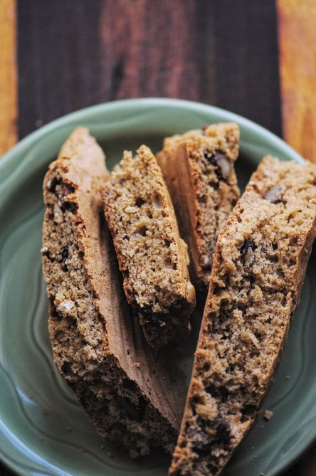 An easy, delicious and healthy gluten-free Irish Soda bread filled with cranberries and walnuts! Perfect for St. Patrick's Day or any occasion! #irish #sodabread #irishsodabread #glutenfree #cranberry #walnut #baking #stpatricksday