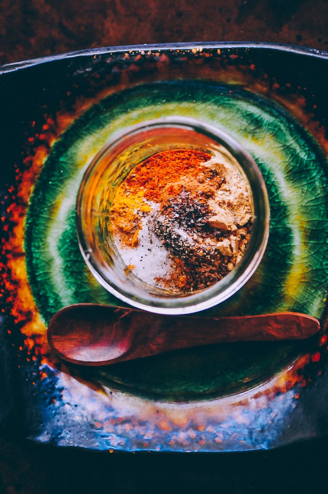 A soothing and healing spicy golden milk (turmeric tea) with amazing health benefits! Vegan & gluten-free. #goldenmilk #spiced #spicy #spicygoldenmilk #turmeric #turmerictea #drink #beverage #healthy #ayurveda #antiinflammatory #vegan