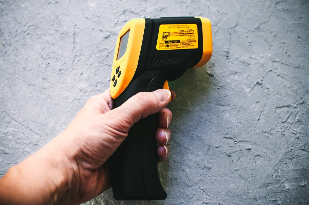 Review: Etekcity Lasergrip 800 Digital Infrared Laser Temperature Gun -  My product review of Etekcity's Lasergrip 800 Digital Infrared Laser Temperature gun with an easy-to-read LCD screen and accurate no-contact readings. #etekcity #temperaturegun #productreview