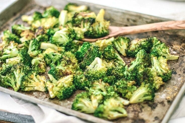 Best Oven-Roasted Broccoli With Nutritional Yeast