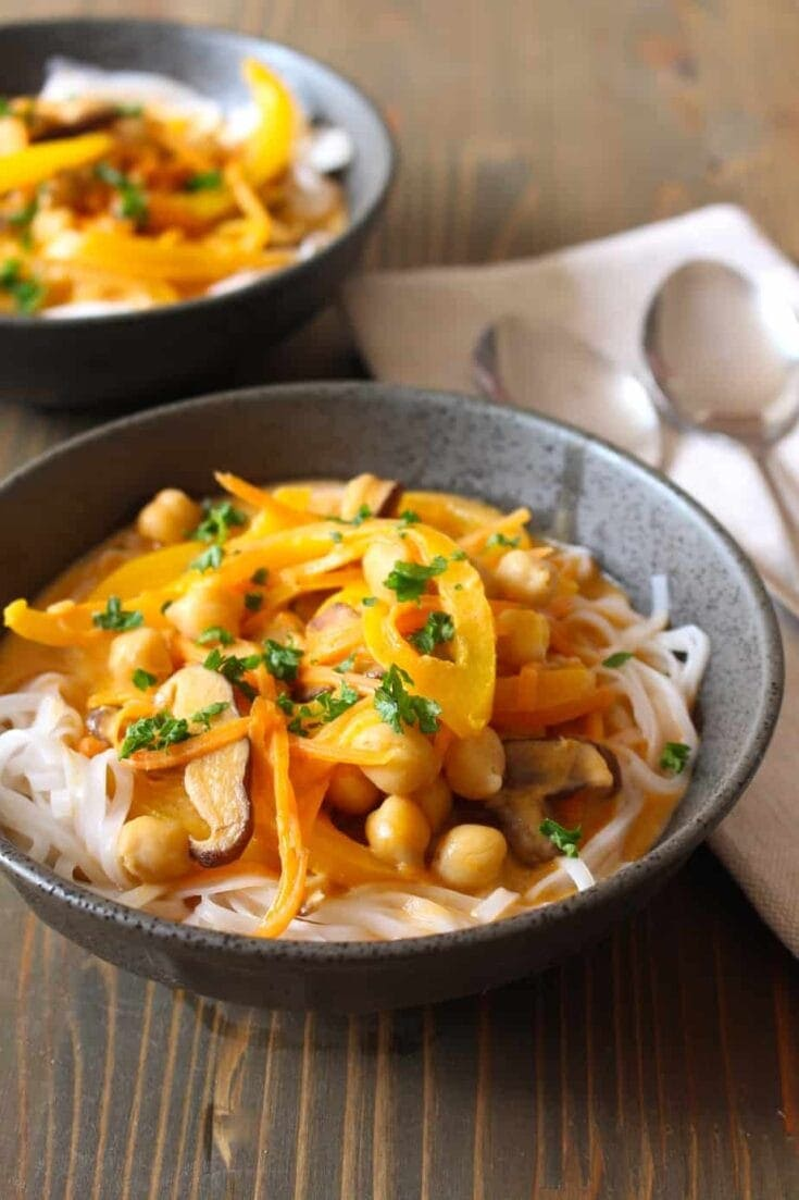 Thai Red Curry Coconut Soup with Rice Noodles (Vegan)
