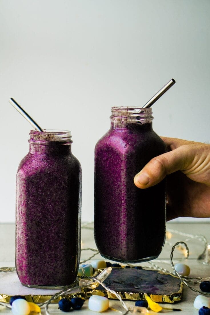 Blueberry Cacao Flaxseed Smoothie