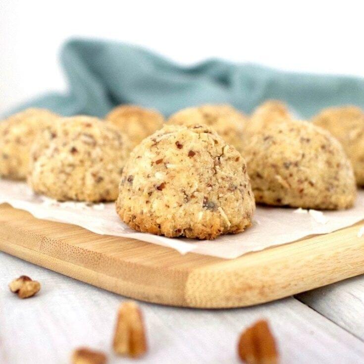 Keto Vegan Macaroons (Low-Calorie + Gluten-Free + Sugar-Free)