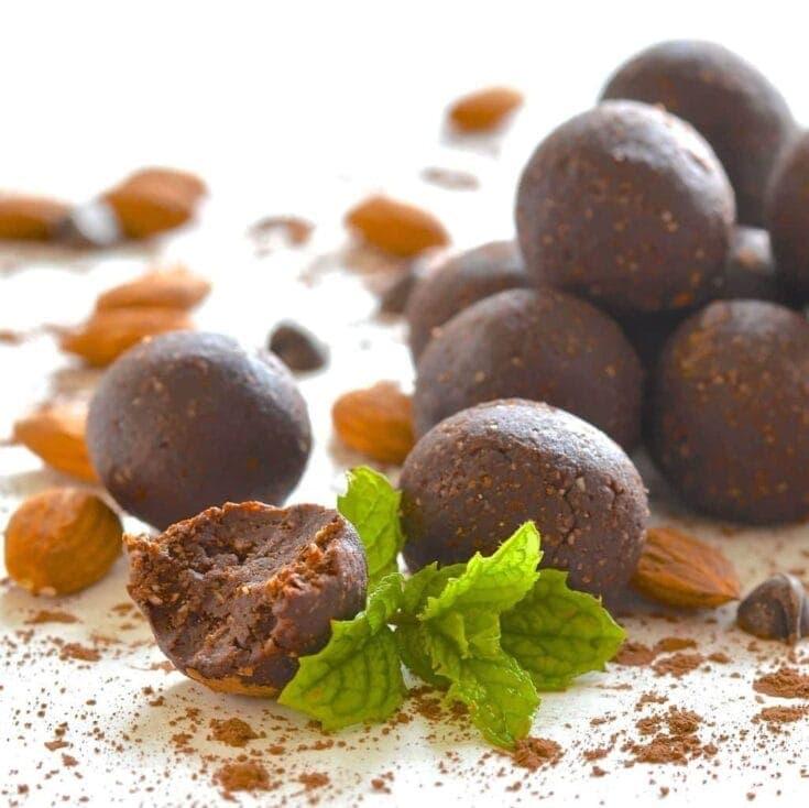 Homemade Larabar Bites - Mint Chocolate Truffle - A Virtual Vegan