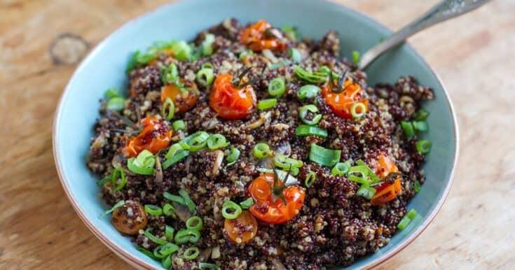 Instant Pot Garlic Mushroom Quinoa With Cherry Tomatoes