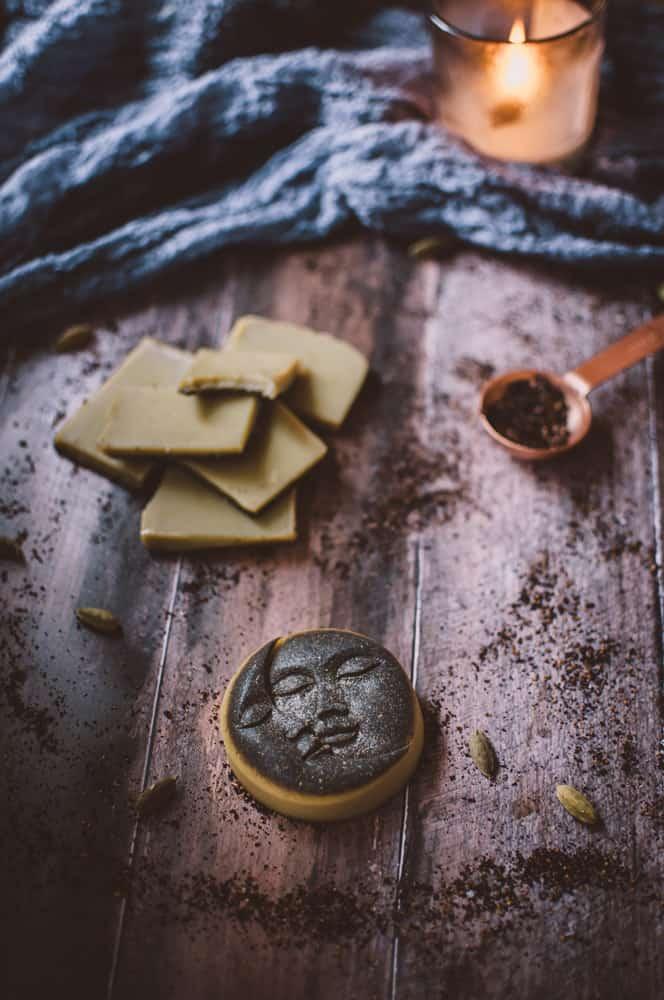 magical moon milk fudge mold