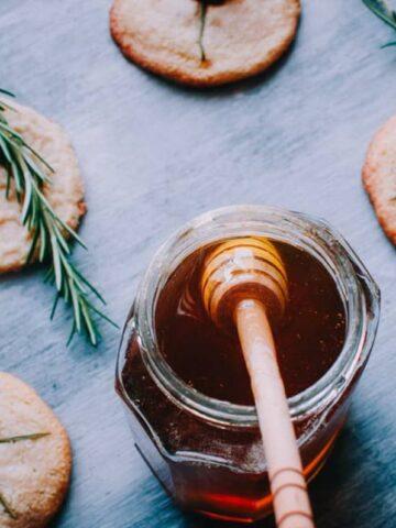 honey jar wooden honey spoon shortbread cookies